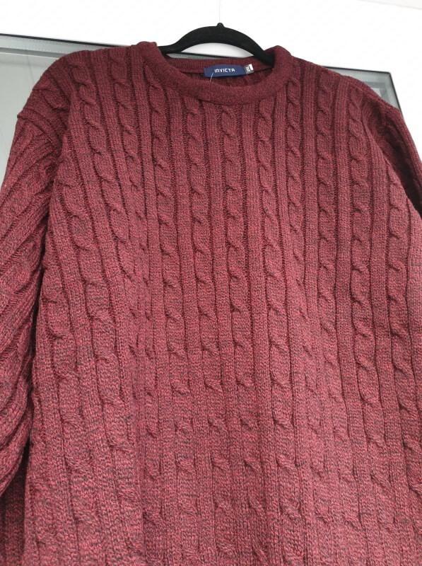 Invicta-cable-knit-jumper-burgundy