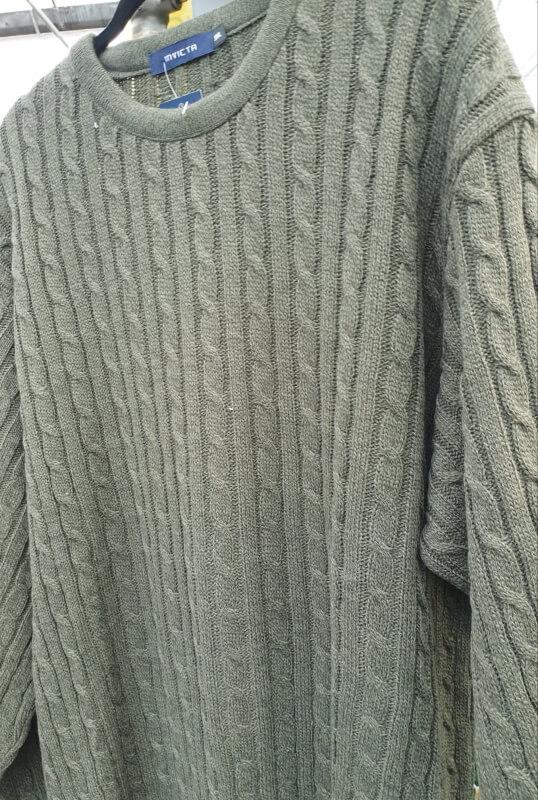 Invicta-cable-knit-jumper-green