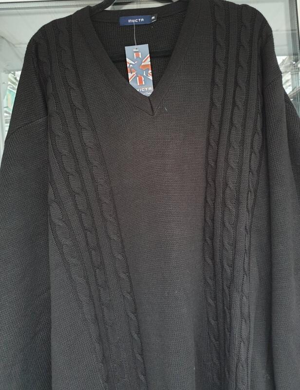 Invicta-v-neck-jumper-black